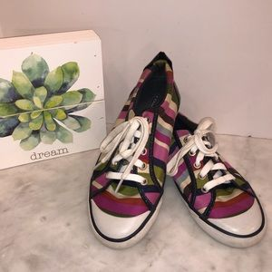 Coach Varsity Stripe tennis shoes, match the bag😎
